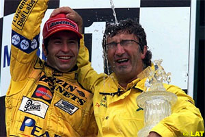 Frentzen and Jordan celebrate their victory at the French GP 1999