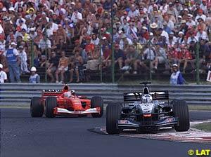 David Coulthard leads Rubens Barrichello