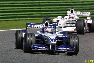 http://atlasf1.autosport.com/2001/san/elizalde08.jpg