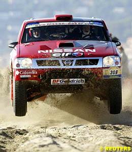 Dakar leader Colin McRae in his Nissan